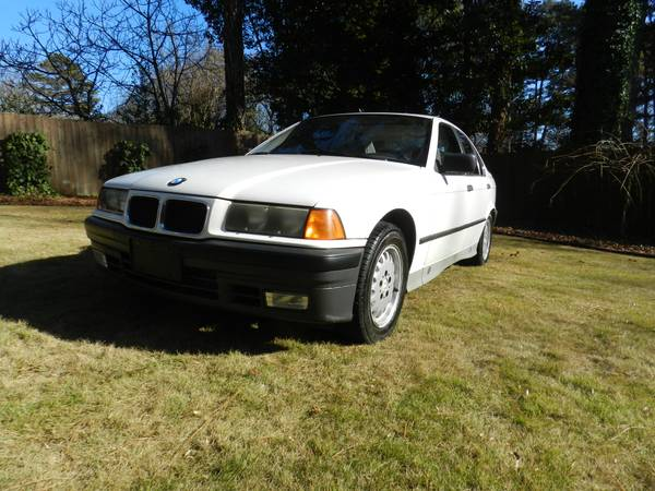 Progressive Insurance Rate Quote For 1992 BMW 325I AUTOMATIC 325I-SEDAN 4 DOOR $86.91 Per Month 9413764