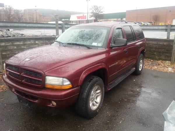 State Farm Insurance Rate Quote For 2001 DODGE DURANGO 4WD WAGON 4 DOOR - 5.9L V8  SFI OHV  16V NS2 $150.82 Per Month 9413767