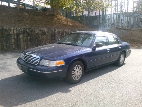 State Farm Insurance Rate Quote For 2003 FORD CROWN VICTORIA SEDAN 4 DOOR $139.65 Per Month 1114103278