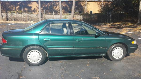 Farmers Insurance Rate Quote For 1998 BUICK CENTURY CUSTOM 2WD SEDAN 4 DOOR - 3.1L V6  FI  OHV  12V NF2 $30.76 Per Month 9414227