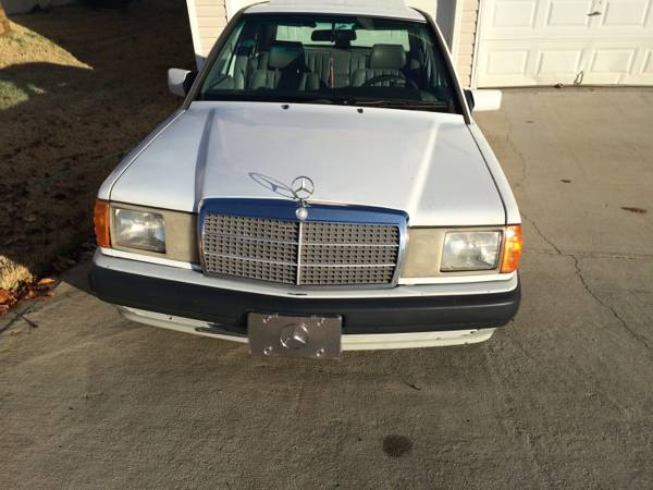 State Farm Insurance Rate Quote For 1993 MERCEDES-BENZ 190E 2.3 2WD SEDAN 4 DOOR - 2.3L L4  FI           NF $81.44 Per Month 9414199