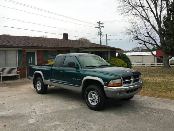 State Farm Insurance Rate Quote For 1998 DODGE DAKOTA DAKOTA-PICKUP $117.19 Per Month 9414758