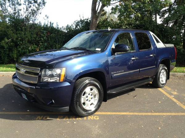State Farm Insurance Rate Quote For 2010 CHEVROLET AVALANCHE LTZ 4WD UTILITY 5.3L V8  SFI OHV  16V NS2 $59.01 Per Month 9413476