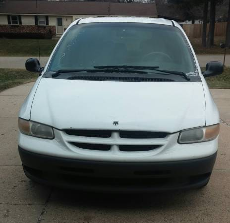 GEICO Casualty Insurance Rate Quote For 1999 DODGE CARAVAN SPORT VAN $164.4 Per Month