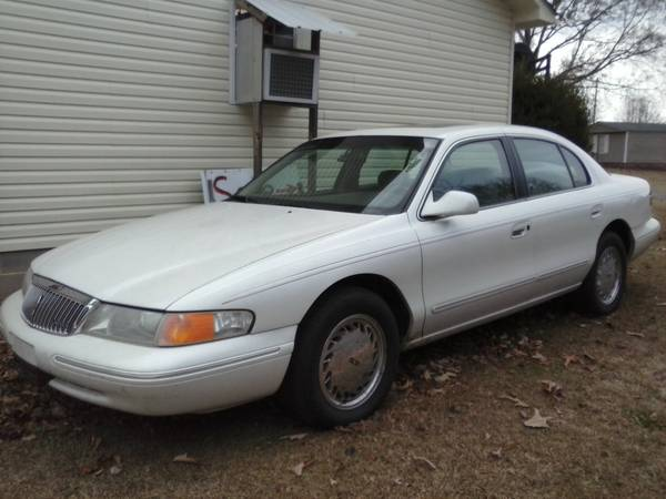 GEICO Insurance Rate Quote For 1996 LINCOLN CONTINTL DIAMND ANIV SPKR 2WD SEDAN 4 DOOR - 4.6L V8  SFI DOHC 32V NS4 $64.67 Per Month