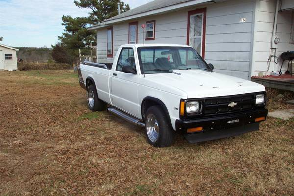 State Farm Insurance Rate Quote For 1991 CHEVROLET S10 BLAZER 4WD WAGON 4 DOOR - 4.3L V6  TBI OHV  12V NB2 $66.03 Per Month