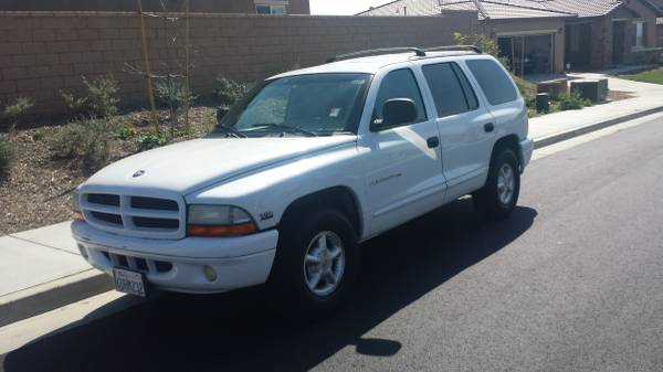 Compare 21st Century Insurance Policy Quote For 2000 DODGE DURANGO 4WD WAGON 4 DOOR - 5.9L V8  TBI OHV      NB $140.9 Per Month