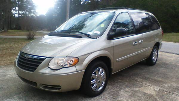 Compare 21st Century Insurance Policy Quote For 2007 CHRYSLER TOWN andamp; COUNTRY LX 2WD SPORT VAN - 3.3L V6  SFI OHV      NS4 $51.87 Per Month