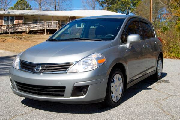 Compare AAA Insurance Policy Quote For 2010 Nissan Versa 4D Hatchback $101.77 Per Month