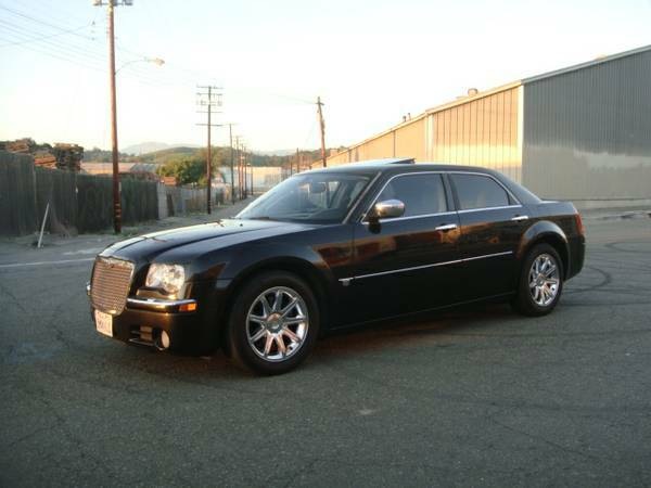 Compare AIU Insurance Policy Quote For 2005 CHRYSLER 300C AWD 2WD SEDAN 4 DOOR - 5.7L V8  FI           NF $41.89 Per Month