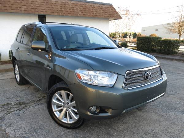 Compare Amica Insurance Policy Quote For 2008 TOYOTA HIGHLANDER SPORT 2WD WAGON 4 DOOR - 3.5L V6  FI  DOHC 24V NF4 $142.54 Per Month