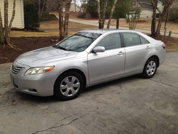 Compare Liberty Mutual Insurance Policy Quote For 2009 Toyota Camry CAMRY-SEDAN 4 DOOR $86.31 Per Month