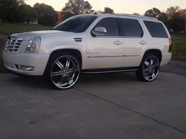 Compare Prudential Insurance Policy Quote For 2007 CADILLAC ESCALADE LUXURY WAGON 4 DOOR $65.38 Per Month