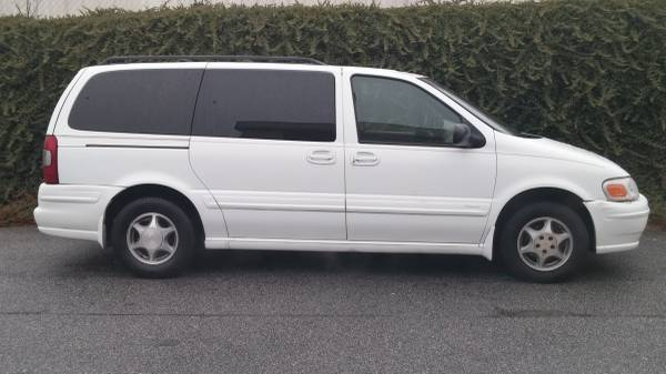 Compare State Farm Insurance Policy Quote For 2000 OLDSMOBILE SILHOUETTE EXTENDED SPORT VAN $147.69 Per Month