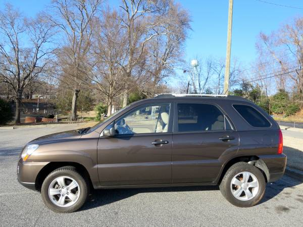 GEICO Insurance Rate Quote For 2009 KIA SPORTAGE EX LX AWD 4WD WAGON 4 DOOR - 2.7L V6  PFI DOHC 24V NP4 $203.59 Per Month 9418476