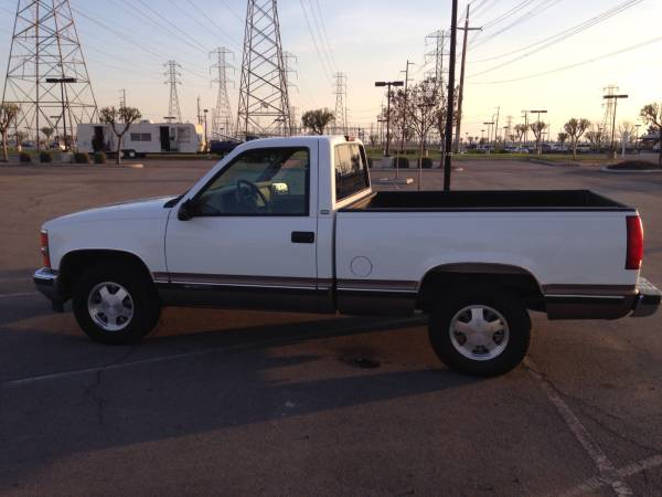 Insurance Quote For 1998 CHEVROLET C1500 2WD CLUB CAB PICKUP - 5.0L V8  SFI OHV      NS $170.1 Per Month