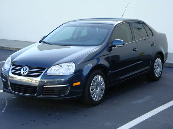 3VWJM71K69M169500 Insurance Rate Quote for 2009 Volkswagen Jetta S $55.98 per Month