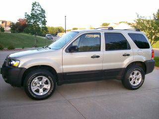 Auto Insurance Rate Quote for 2005 Ford Escape $39 per Month