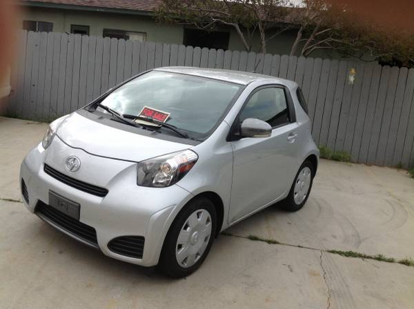 Auto Insurance Rate quote for 2012 Scion iQ Base in Scarsdale NY $66.70 per Month