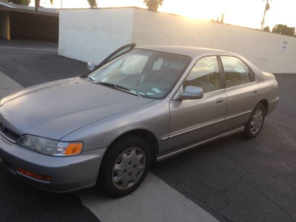 Insurance Rate for 1996 Honda Accord - Average Quote $137 per Month