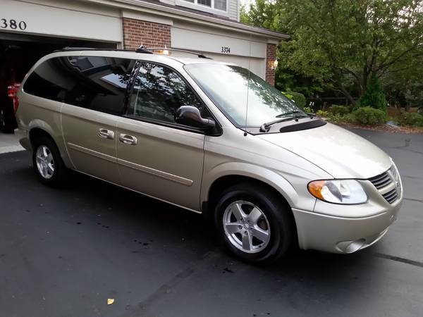 Insurance Rate for 2005 Dodge Grand Caravan SXT - Average Quote $122 per Month