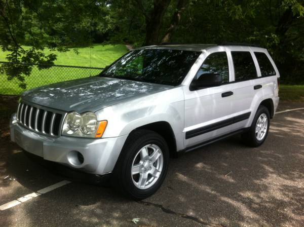 Insurance Rate for 2006 Jeep Grand Cherokee Laredo 4WD - Average Quote $77 per Month