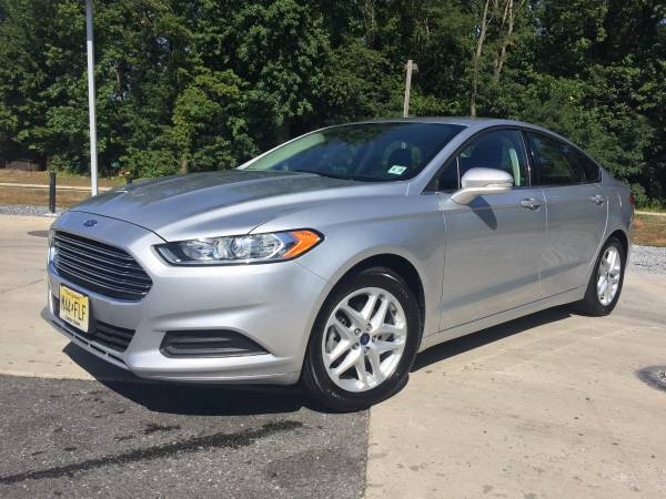 Insurance Rate for 2014 Ford Fusion SE - Average Quote $152 per Month