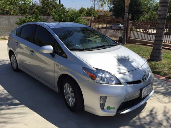 Insurance Rate for 2014 Toyota Prius - Average Quote $186 per Month