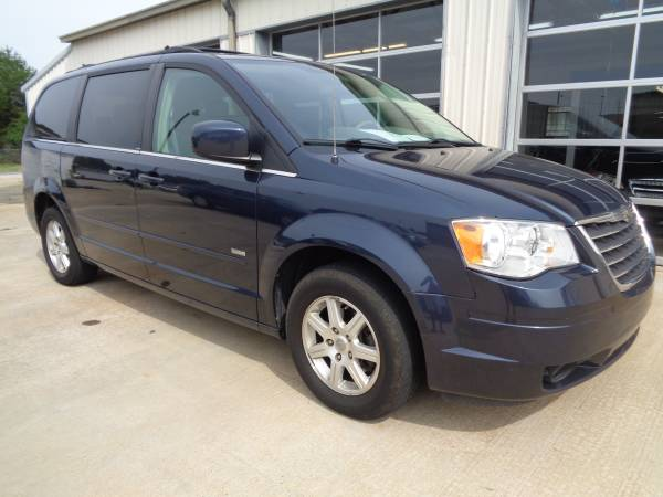 Insurance Rate for 2008 Chrysler Town & Country Touring - Average Quote $90 per Month