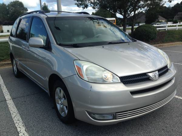 Insurance Rate for 2004 Toyota Sienna - Average Quote $64 per Month