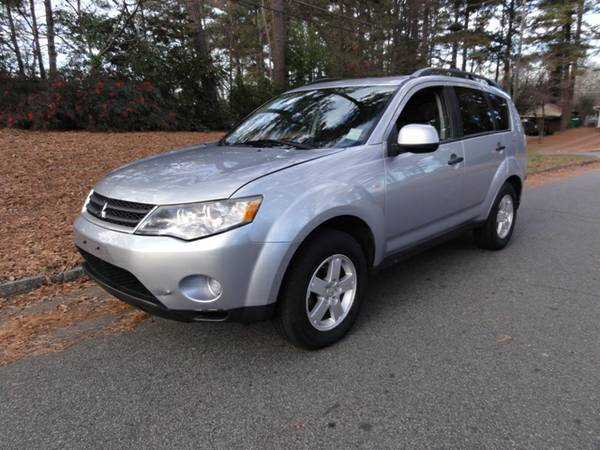 Insurance Rate for 2007 Mitsubishi Outlander - Average Quote $68 per Month