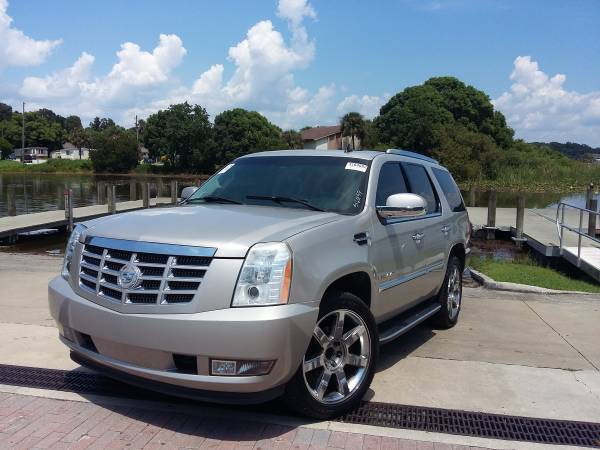 Insurance Rate for 2008 Cadillac Escalade 2WD - Average Quote $177 per Month