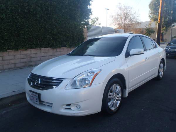 Insurance Rate for 2011 Nissan Altima - Average Quote $105 per Month