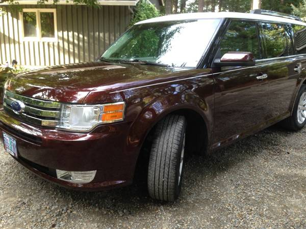 Insurance Rate for 2012 Ford Flex SEL AWD - Average Quote $242 per Month