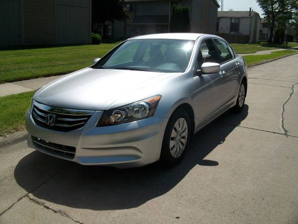 Insurance Rate for 2012 Honda Accord LX Sedan AT - Average Quote $117 per Month