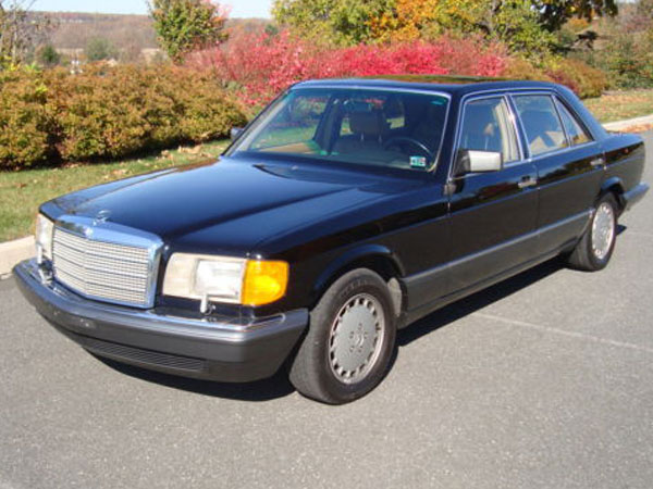 1989 Mercedes-Benz 560-Class 560SEL Sedan  Insurance $100 Per Month