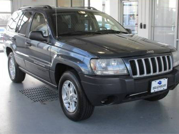 2004 Jeep Grand Cherokke  Insurance $100 Per Month