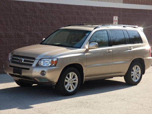 2004 Toyota Highlander Hybrid Base Insurance $97 Per Month