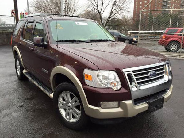 2006 Ford Explorer Eddie Bauer V6 4WD Insurance $70 Per Month