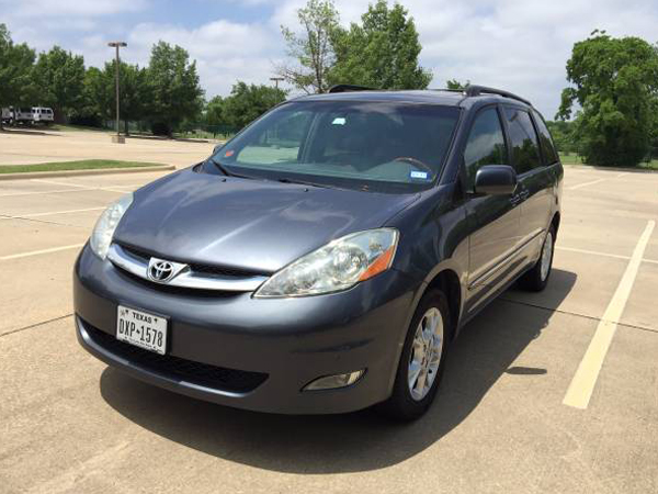 2006 Toyota  Sienna Insurance $70 Per Month