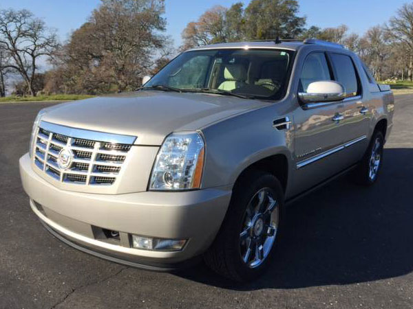 2008 Cadilac Escalade  EXT AWD Insurance $211 Per Month