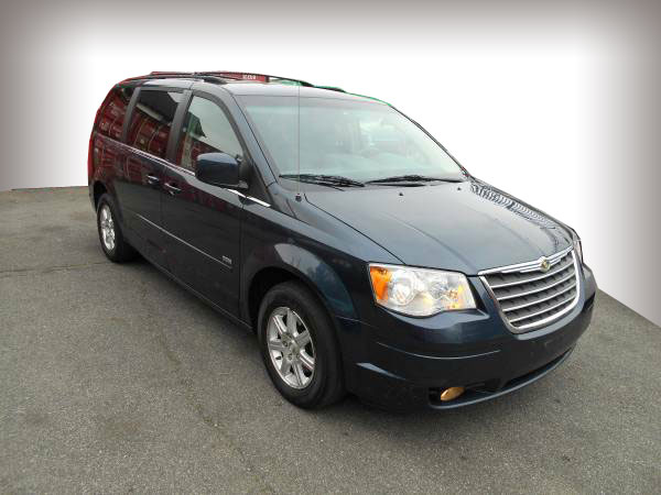 2008 Chrysler Town& Country Touring Insurance $80 Per Month